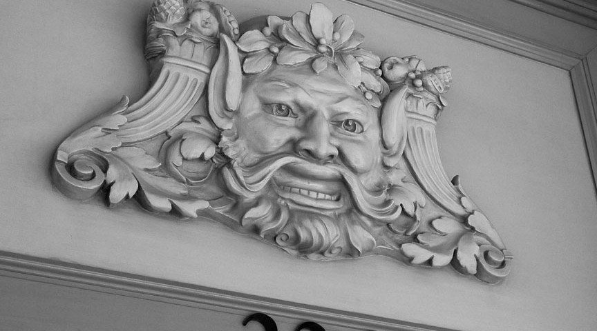 Battersby (Empire Grotesque Medallion)