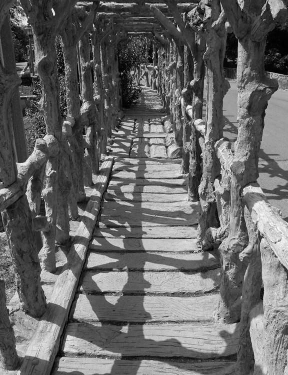 Cortes (Bridge Walkway)